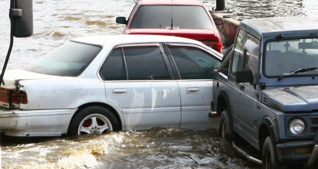 αποζημιώσεις οχημάτων από πλυμμήρες