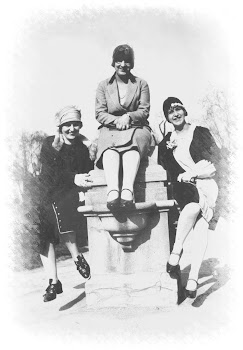 Grace (right) and Friends (1928)