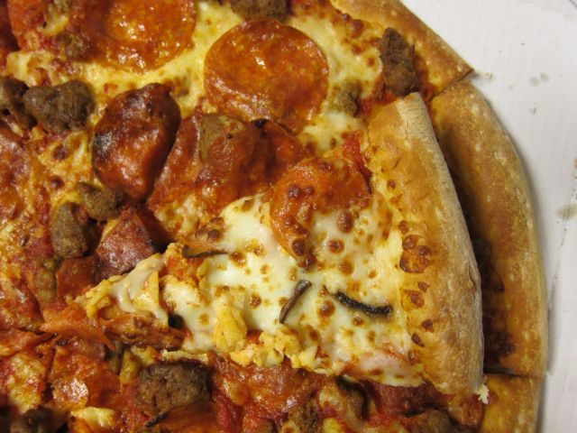 Review: Papa John's - XL Monster Topping PIzza | Brand Eating