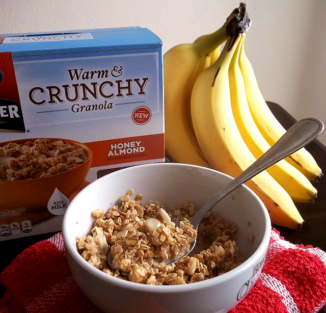 Quaker Warm and Crunchy Honey Almond Granola Breakfast