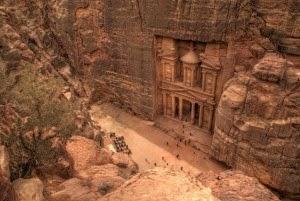 Petra Jordan Pemandangan Terindah di Dunia