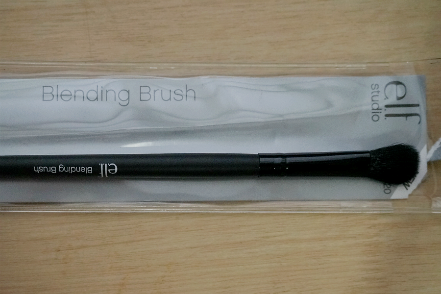 e.l.f. Studio Blending Brush
