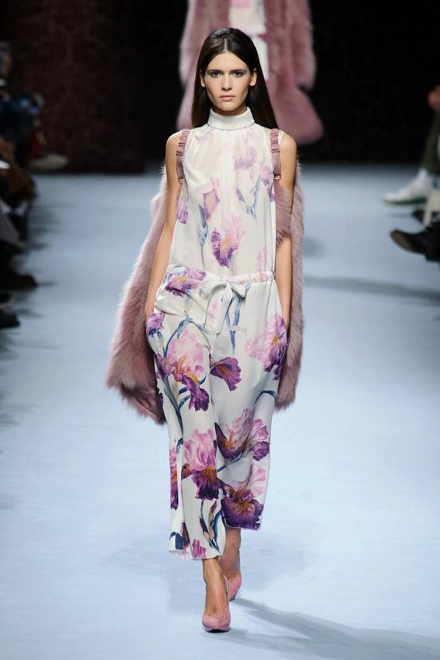 e1ea99cdbfe Fashion Runway   Nina Ricci fall 2014 Paris Fashion Week   Cool Chic Style  Fashion