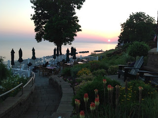 Lakehouse Inn, Ohio-Sunrise on Lake Erie