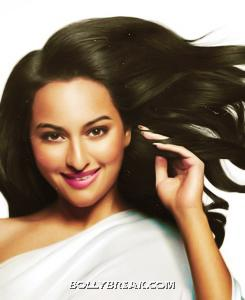 Sonakshi Sinha Dense Indian Hair Pic - indian Actress Sonakshi Sinha Long Hair Images - Pantene Print Ad