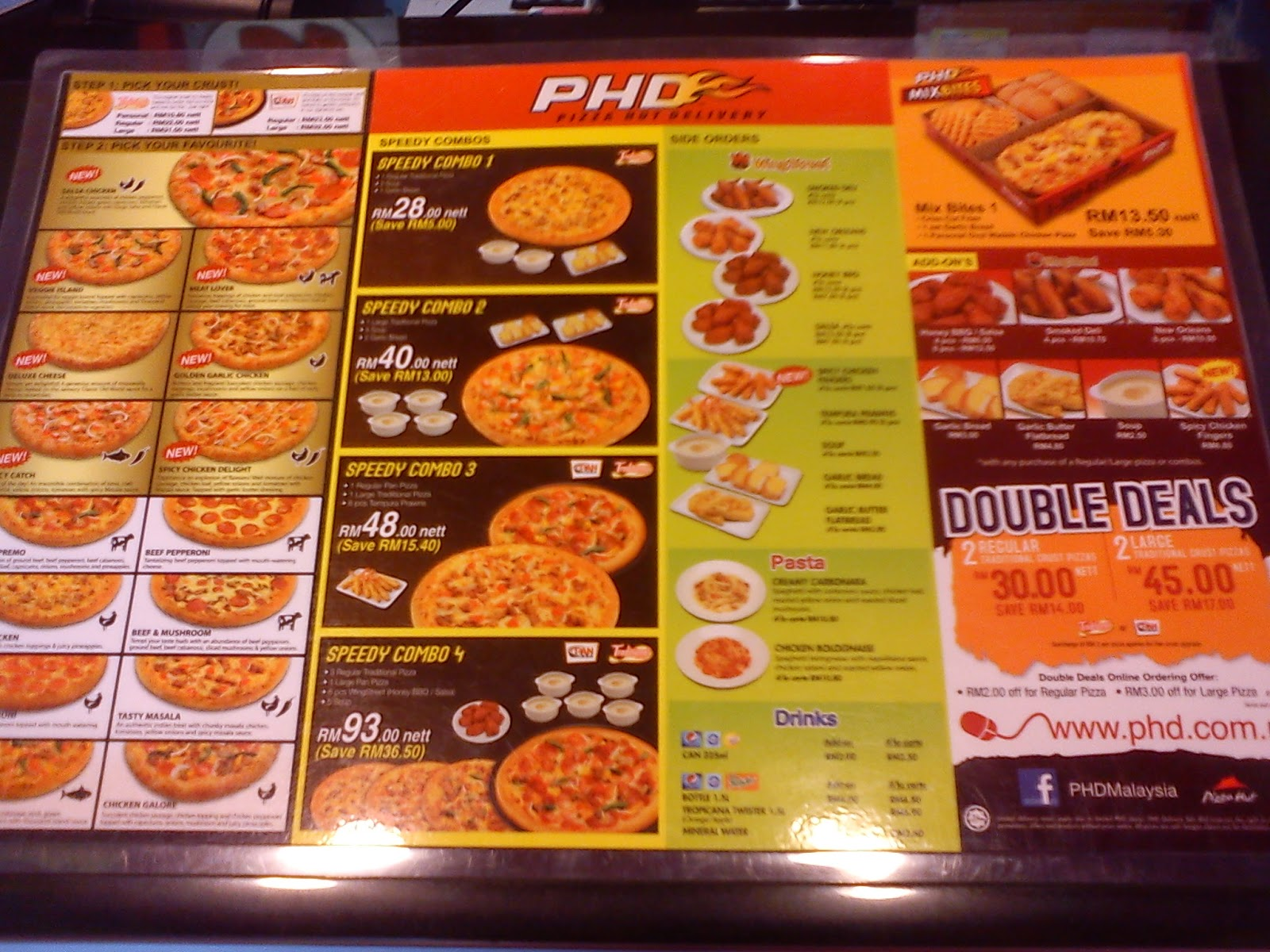 Pizza hut is a great place for a pizza when you're craving it. The taste is very special and you cannot find it in another place. Te service is fast too.