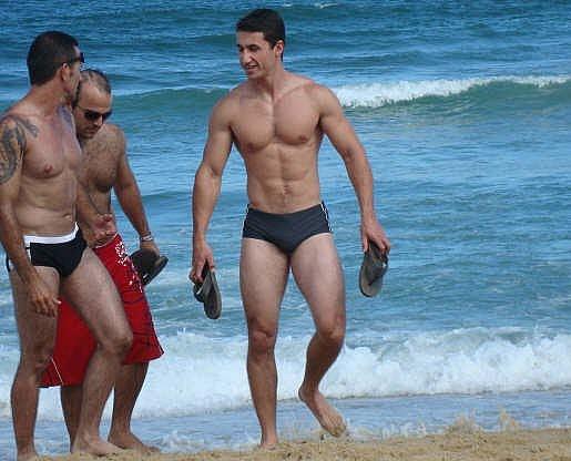 uomini gay bologna annunci piedi maschili