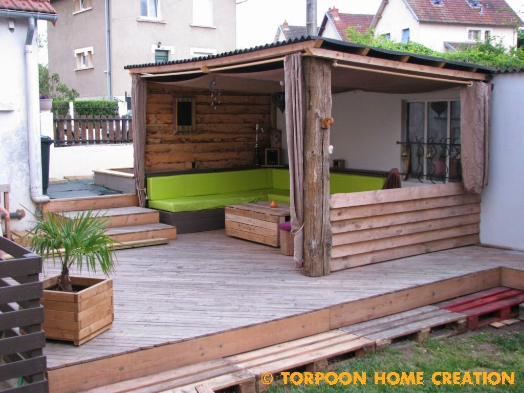 Torpoon home creation terrasse en palettes et salon d 39 t for Construire sa maison en palette
