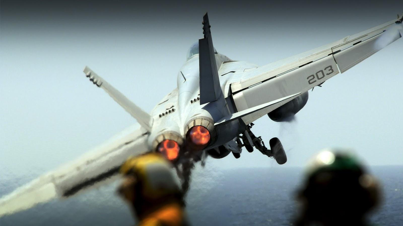 http://3.bp.blogspot.com/-u96tJe9qubY/TZbCLSKFgZI/AAAAAAAAFKU/91dDUt5rQz0/s1600/FA-18E-Super-Hornet-1200.jpg