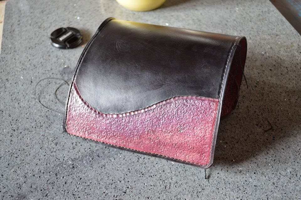 Lisette atelier fa rie cuir du vercors atelier diy for Trousse couture cuir