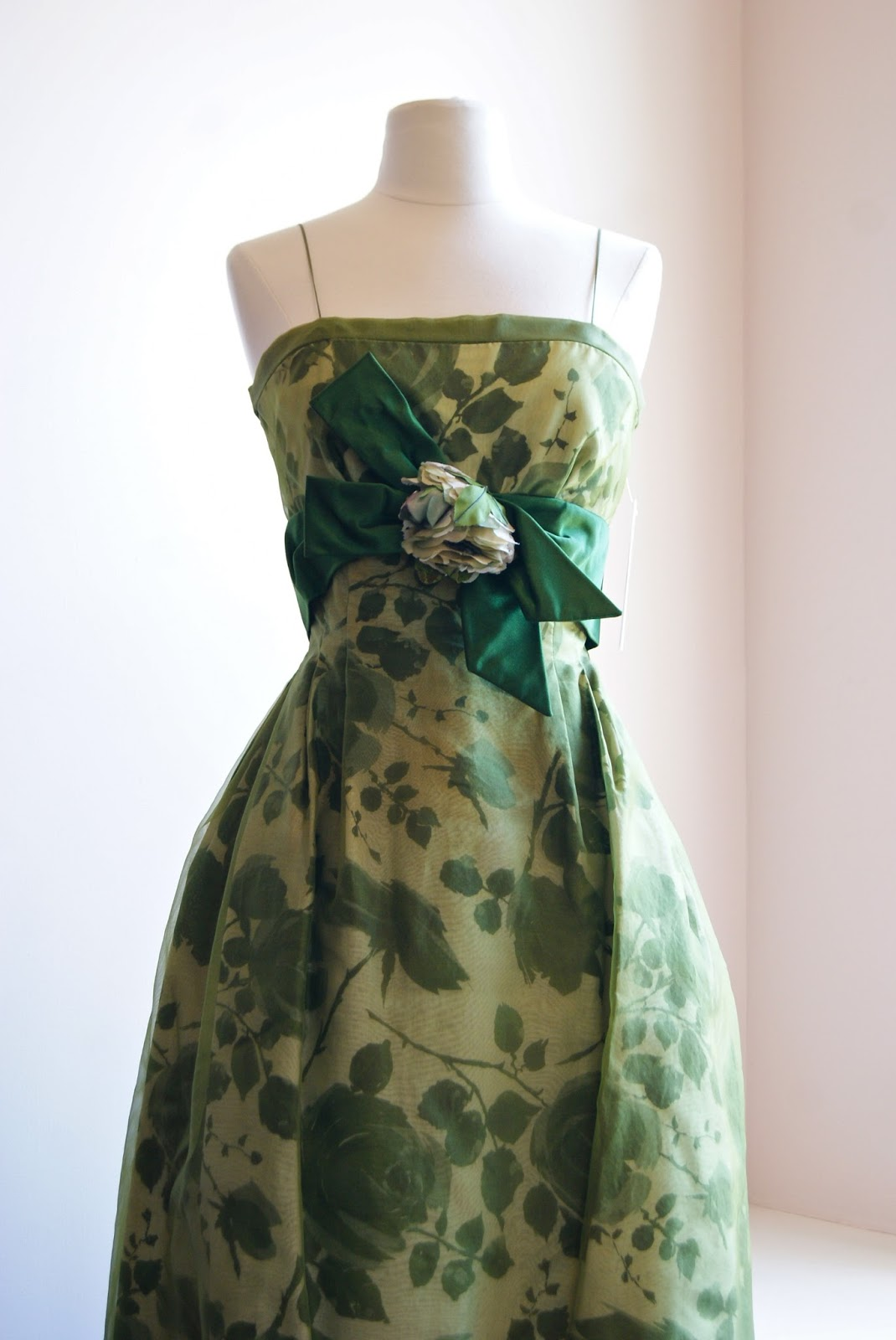 xtabay vintage clothing boutique portland oregon june 2013