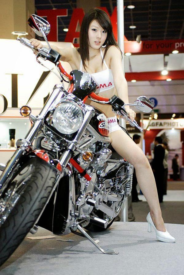 hwang mi hee sexy motor show model 01