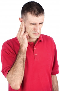 Home-Remedies-for-Earache