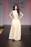 Amrita-Rao-as-Show-Stopper-at-Fashion-Week