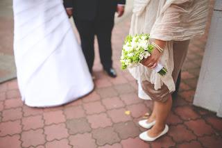 ślub w Hiszpanii, wiek od którego można wziąć ślub w Hiszpanii, czy jest legalne wziąć ślub w wieku 14, 15, 16 lat w Hiszpanii, ustawodawstwo hiszpańskie śluby, w jakim wieku Hiszpanie biorą ślub, małżeństwa nieletnich