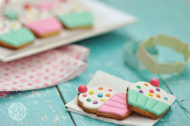 Cupcake Fondant Cookies