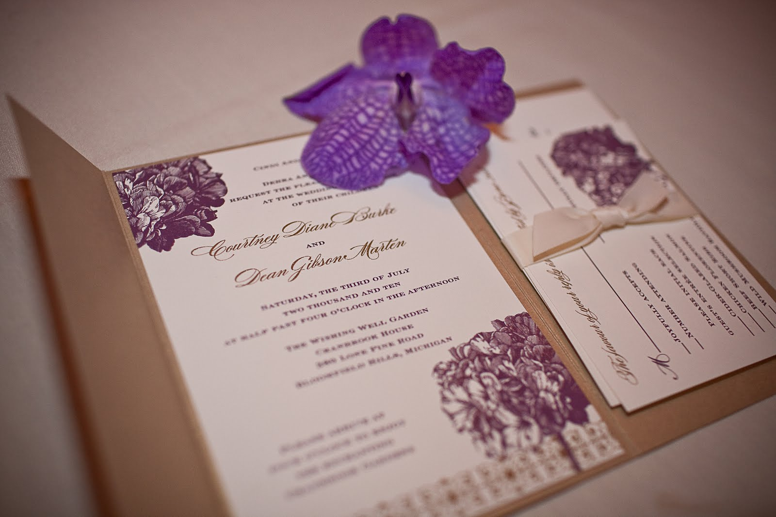 Floral Wedding Invitations: Floral Wedding Invitations