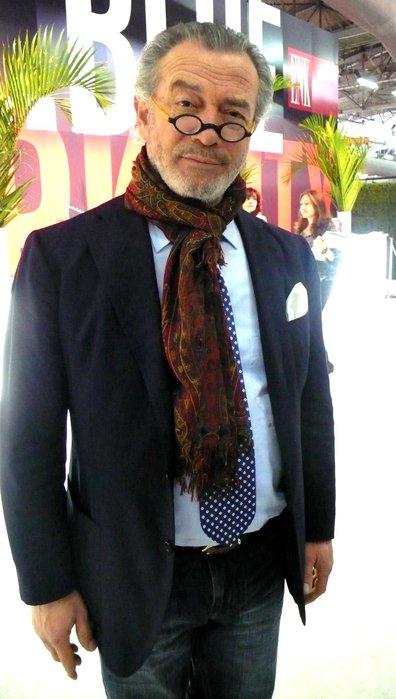 мужская мода для мужчин-пенсионеров упав