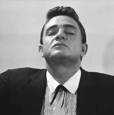 Bluesman: Happy 80th Birthday, Johnny Cash: Rare and Unpublished Photos of the Country Music Icon