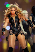 Unflattering Beyonce Photos. Posted by Maddie at 4:43 AM (beyonce )