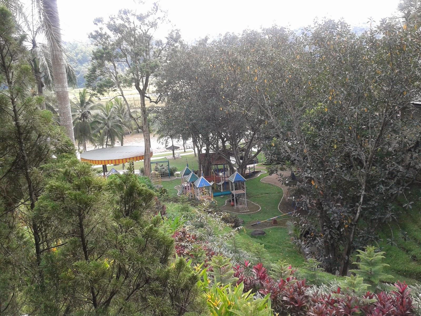 Suasana di hotel Puri Asri, Magelang