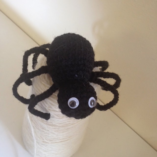 Amigurumi Halloween Schemi Gratis : Hand Made With Love by Betta: Amigurumi... Halloween ...