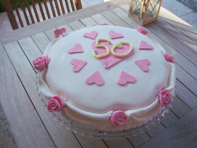 torta cinquantesimo anniversario matrimonio