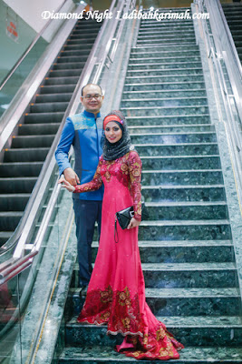 DR HASBI AND ADIBAH KARIMAH POSING AT STAIRCASE