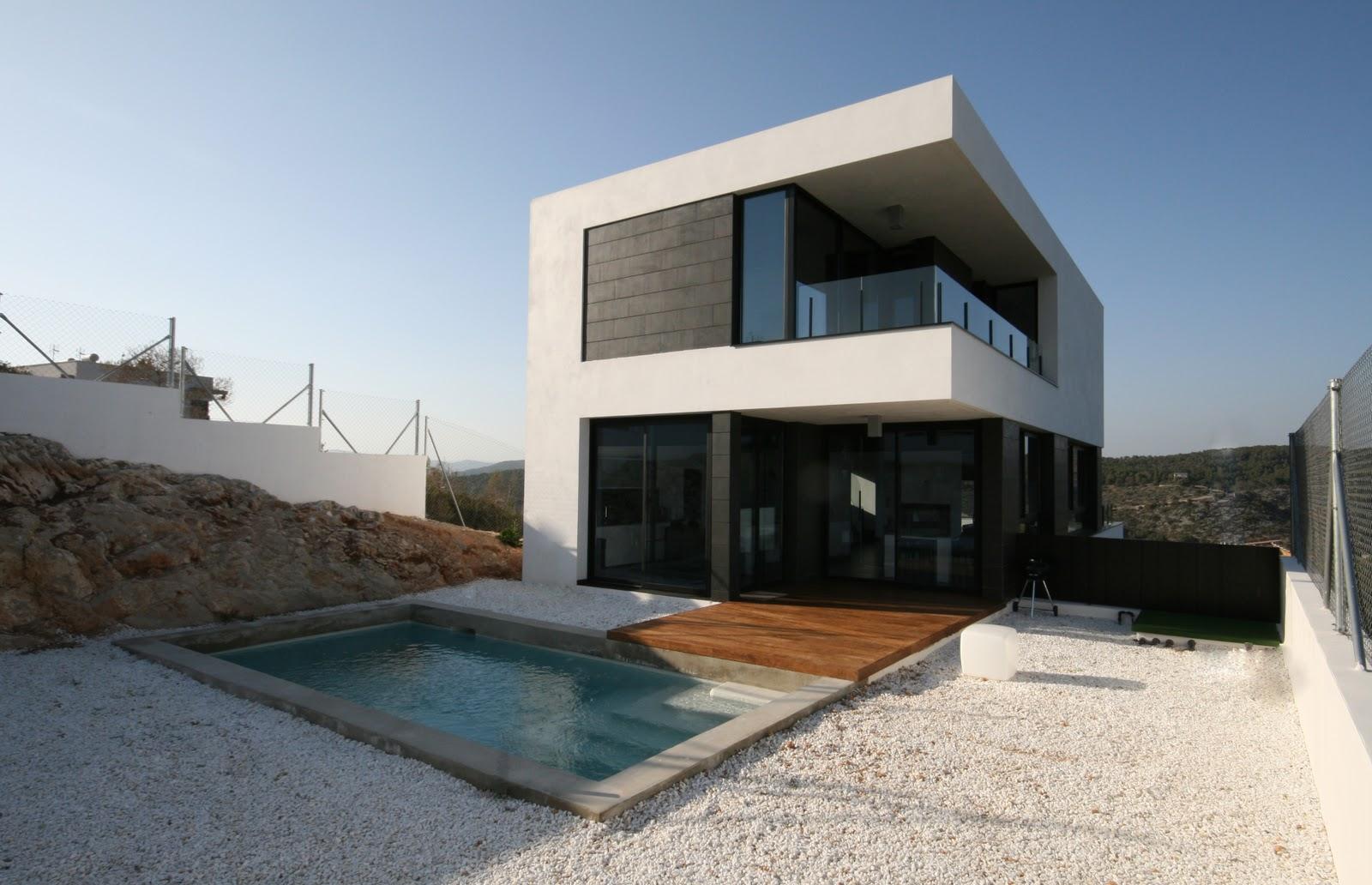 Casas modulares blochouse casa en sant pere de ribes - Casas de diseno modulares ...