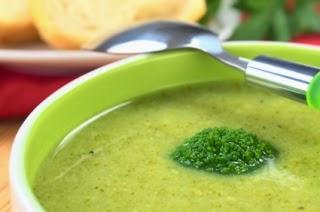وصفة حساء البروكلي والجبن