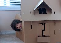 casa de cartón para niños