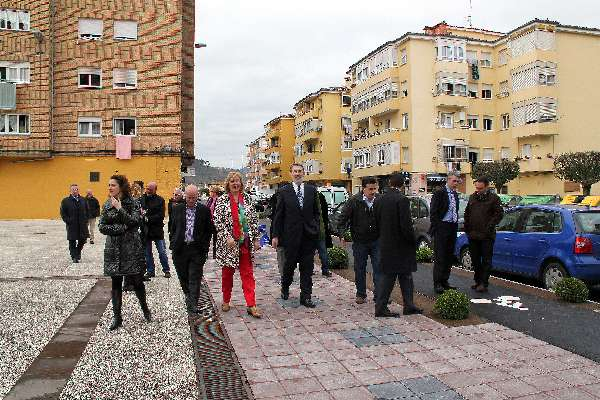 inauguración calle Cabuerniga