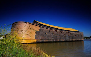 DUTCH ARTIST SPENDS 20 YEARS BUILDING LIFE-SIZE REPLICA OF NOAH'S ARK