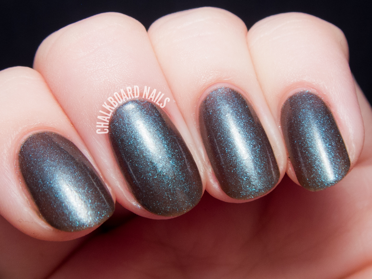 Serum No. 5 Light Speed via @chalkboardnails