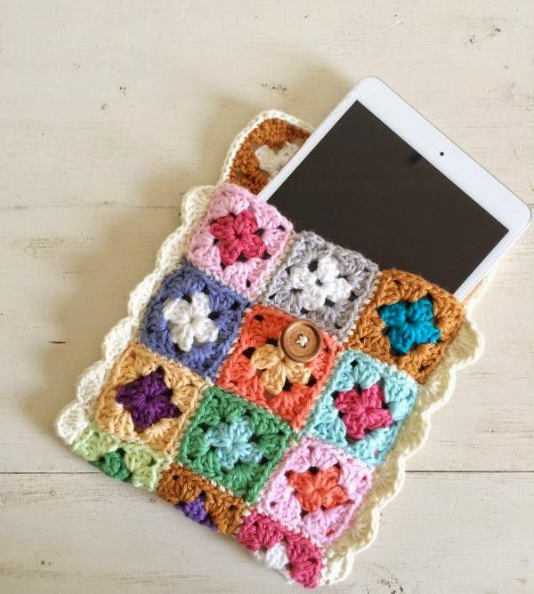 http://sugarbeans.org/home/2014/12/7/mini-granny-square-tech-case-tutorial