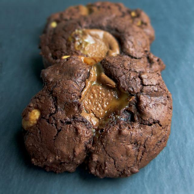 cookies med caramel og havsalt