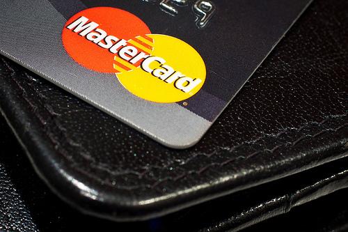 أحصل على بطاقة ماستر كارد مجانا
