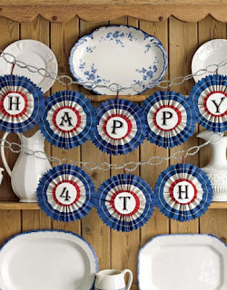 Craft banner from country living http://www.countryliving.com/syndication/fourth-july-crafts-syn#slide-1