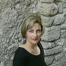 Maria Immacolata Contini intitolata UNA CONCHIGLIA RISPONDE Antologica Atelier.