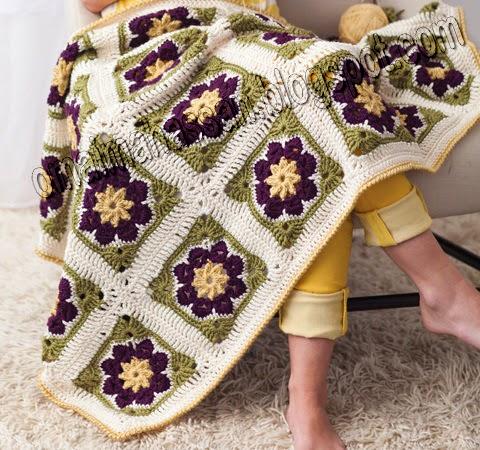 Easy African Flower Crochet Pattern : crochet kingdom (E.H): African Flower Motifs Afghan