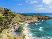 5 Wisata Pantai Jawa Tengah Yang Harus Dikunjungi