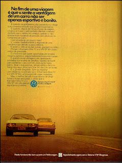 propaganda Karmann-Ghia e VW SP - 1974.  brazilian advertising cars in the 70. os anos 70. história da década de 70; Brazil in the 70s; propaganda carros anos 70; Oswaldo Hernandez;