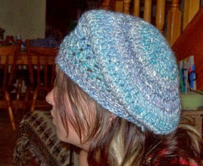 SilkWings: Slouchy Cabled Beret Knitting Pattern