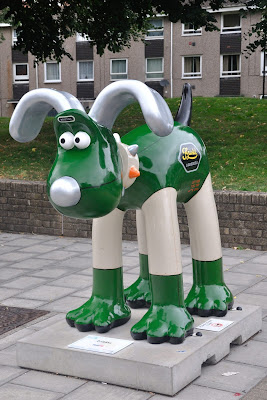 Lodekka Gromit (side view)