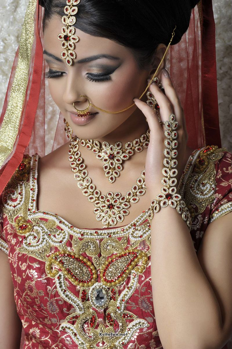 Asian Bridal Eye Makeup Jewelry And Hairstyle