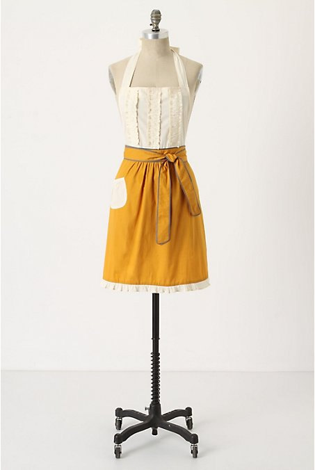 Cupcakes and couture aprons almost too cute to cook in for Anthropologie cuisine couture apron