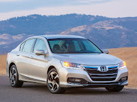 2014 Honda Accord PHEV Japanese car photos 1