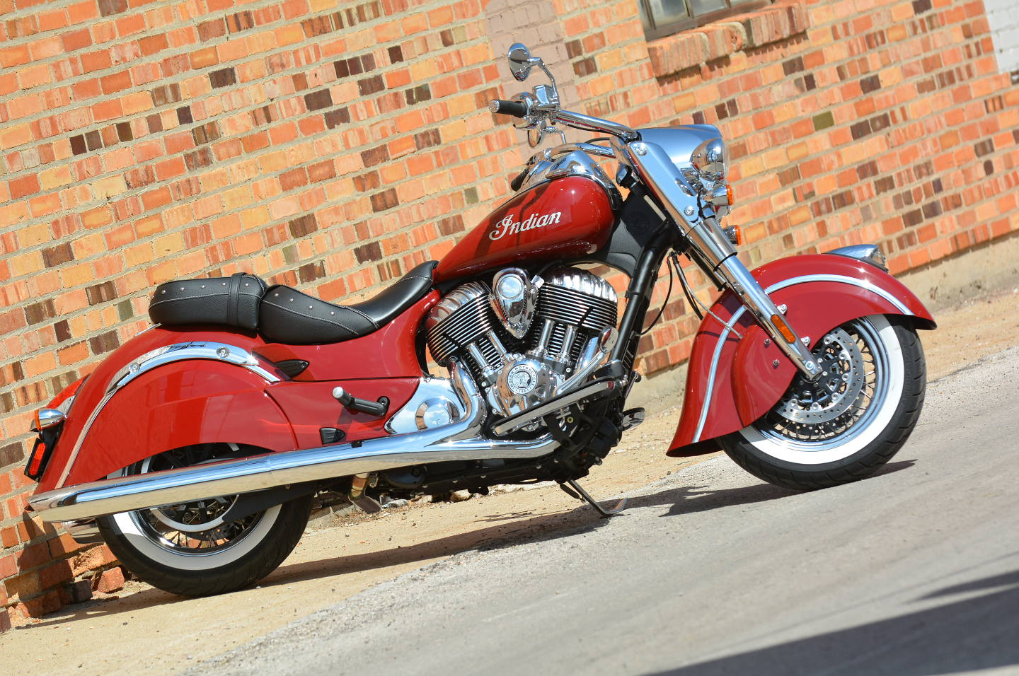 Indian Chief Motorcycle: Racing Cafè: Indian Chief Classic 2014