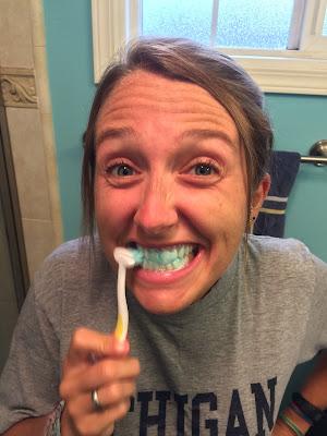 更多T型牙刷