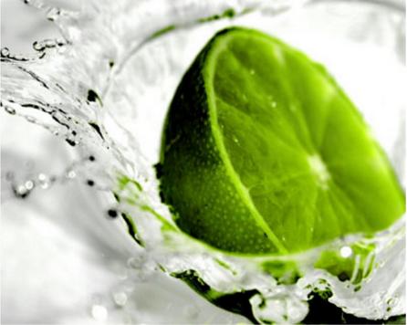 limão com água morna em jejum